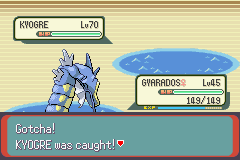 Pokemon Emerald - Battle  - Kyogre full health, no status, Ultra Ball(: - User Screenshot